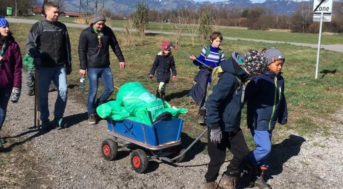 Wichtel und Wölflinge putzten Altach
